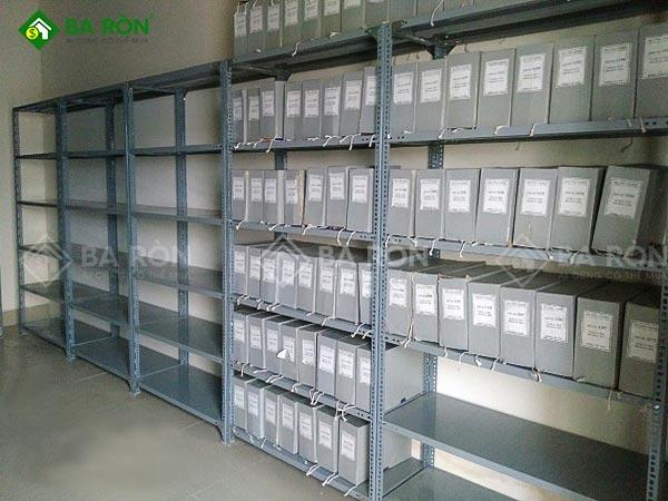 Kệ sắt để hồ sơ văn phòng 4